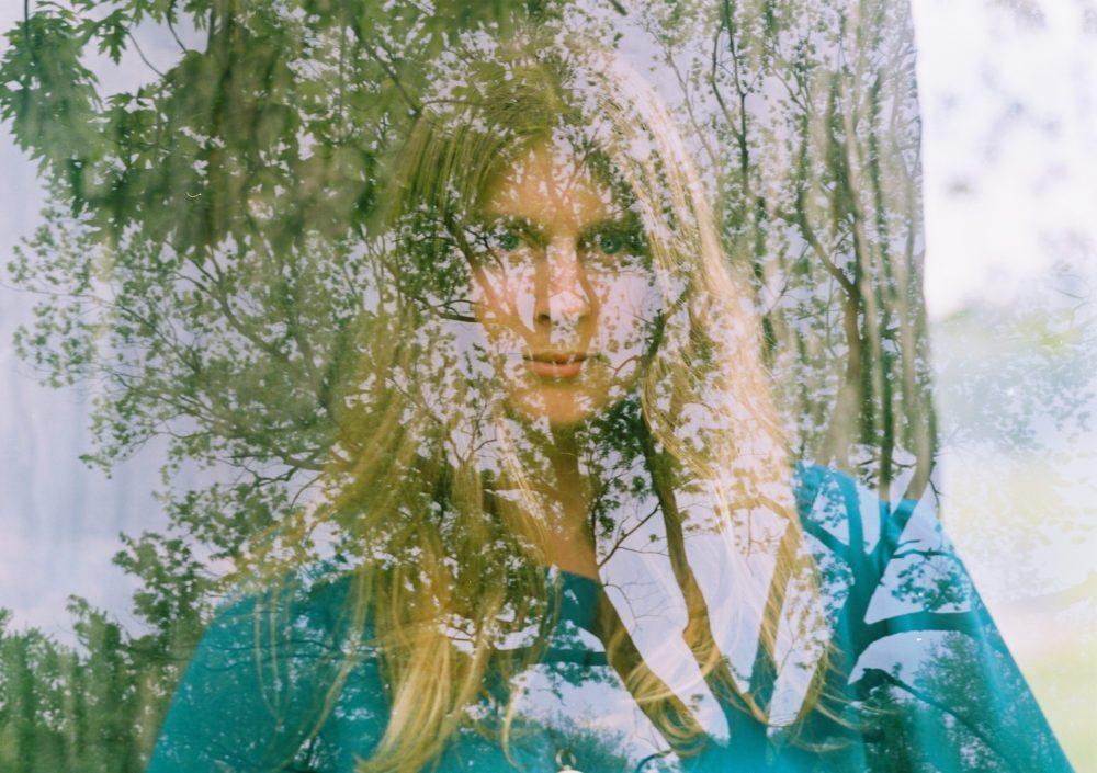 Listen: Lydia Ainsworth – PSI